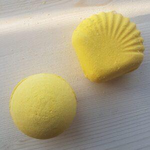 Handmade Lemon Bath Bombs